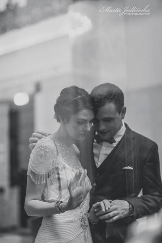 Czarno-biała fotografia ślubna