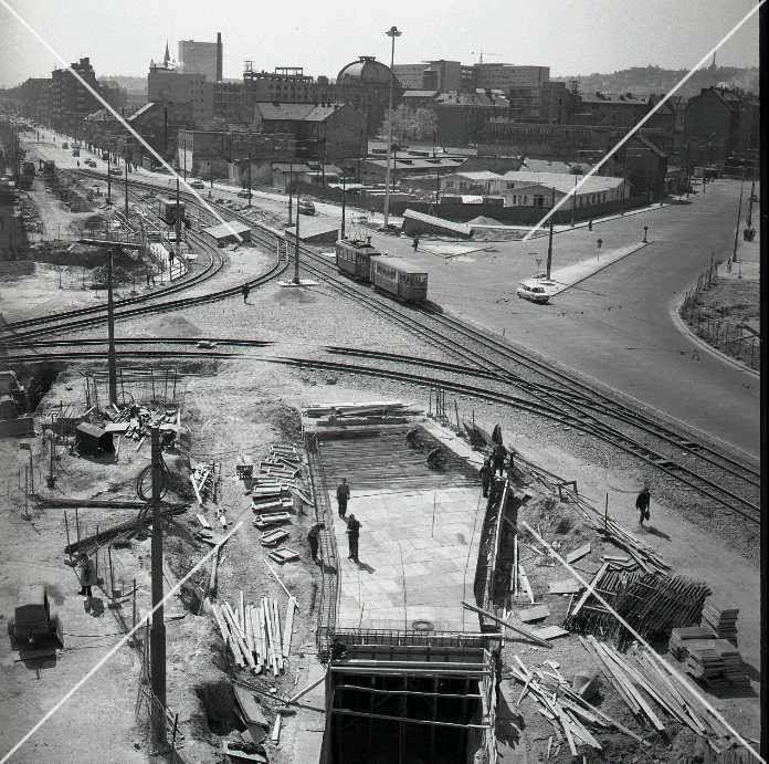 Trnavské mýto 70 roky - začal sa stavať podchod