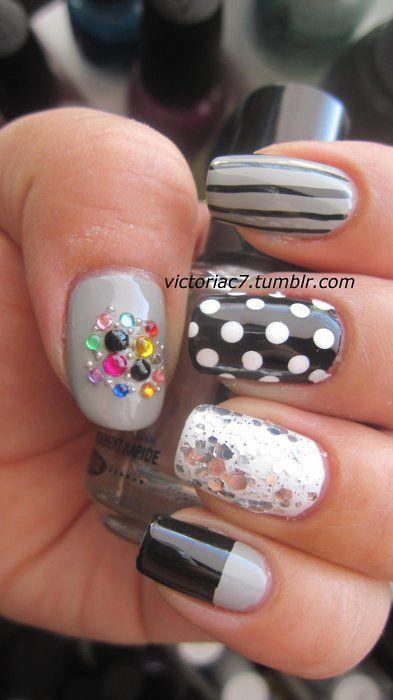 so fun: Chunky Silver, Nails Nails, Modern Mixed, Nails Art, Fashion Fav, Nails Design, Black Kleancolor, Pinky Nails, Mixed Manicures