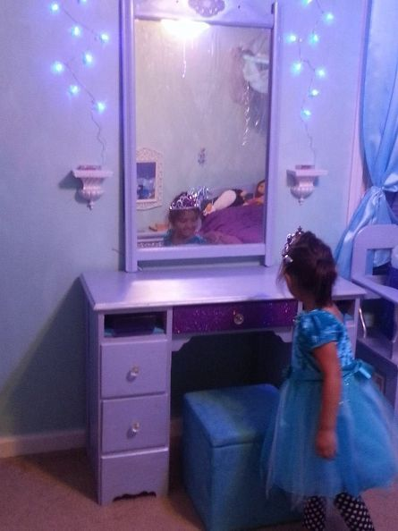 25 best ideas about frozen theme room on pinterest 11568 | e039d5e72545057472b868a41228c36e