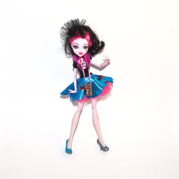 Doll and Dress : Monster High Carnival Picture Vamp