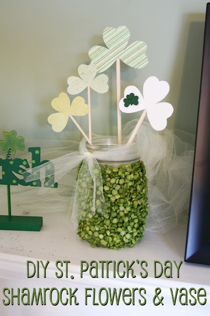 So many things to do with split peas: St. Patty, St. Patti, Shamrock Flower, Owl Crafts, St. Patrick'S Day, Green Owl, Diy'S St., Split Peas, St Patrick'S Day