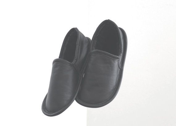 Pantoufles noires pointure homme par WOOLFELL sur Etsy