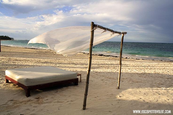 Playa Bavaro – Punta Cana – Dominican Republic Beaches    http://www.escapetraveler.com  http://www.escapetraveler.com/punta-cana-beautiful-affordable-caribbean-beach-vacation/