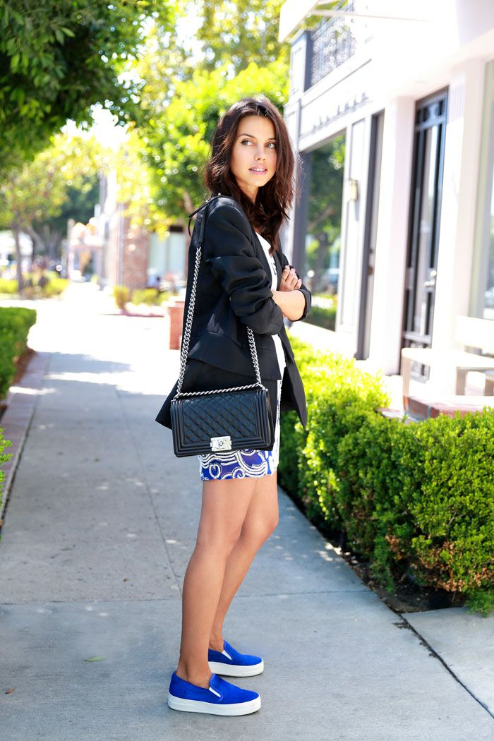 casual chic outfit with platform footwear