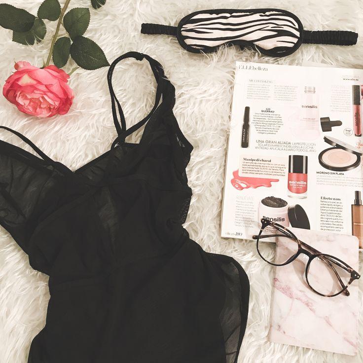 Sexy mornings 🌹 ▪️body @auroravegashowroom ▪️sunglasses @firmoo_optical