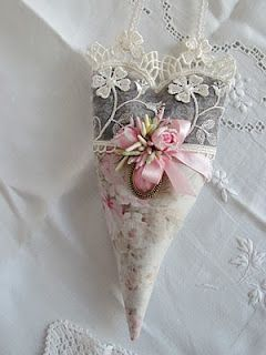 lavender filled heart sachet