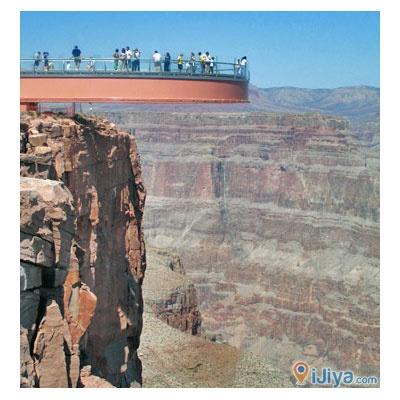 Grand Canyon Skywalk, Arizona  @ http://ijiya.com/8236398