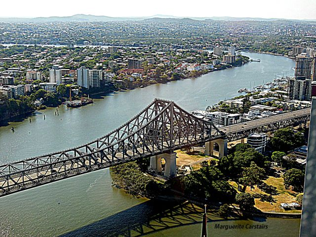 High rise living in Brisbane with amazing views of Story bridge