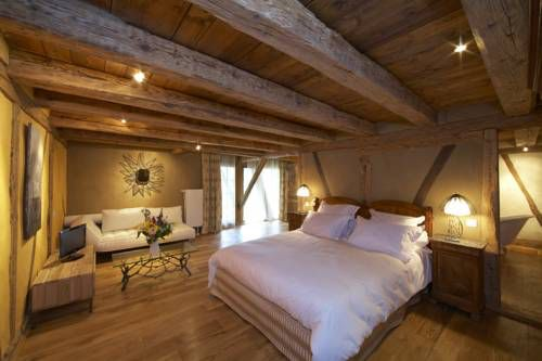 Image issue du site Web http://www.cartesfrance.fr/carte-france-ville/photo-hotel.php?photo=http%3A%2F%2Faff.bstatic.com%2Fimages%2Fhotel%2Fmax500%2F814%2F8144306.jpg