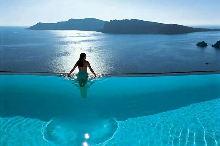 Best pool ever at Santorini,Greece