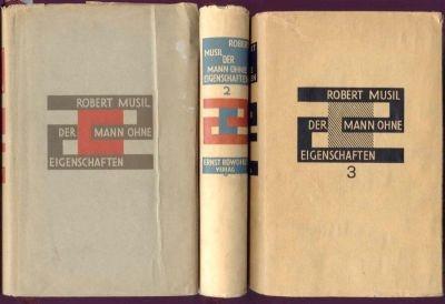 Musil, Robert (Edler von). Der Mann ohne Eigenschaften. Roman. 3 Bände. Berlin, Rowohlt, 1930.1933 (Bd. 1-2); Lausanne, Imprimerie Centrale, 1943 (Bd. 3). 8vo. 1 Portrait (Bd. 3). 1076; 608; 462 S. OLwd. mit OUmschlägen. Einbandentwurf von E. R. Weiss.    € 4.800,00
