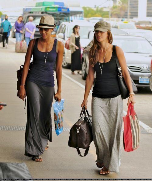 Comfortable travel wear. Minka Kelly, Airport | I Heart Great Design