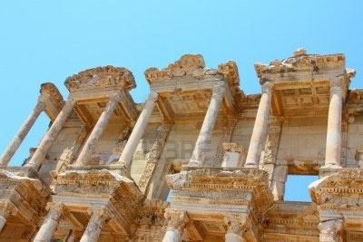 Biblioteca Romana en Celso, en una ciudad antigua de Efeso