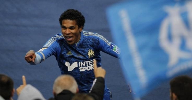 Brandão marca e dá título ao Olympique de Marselha | THOMAS SAMSON/AFP