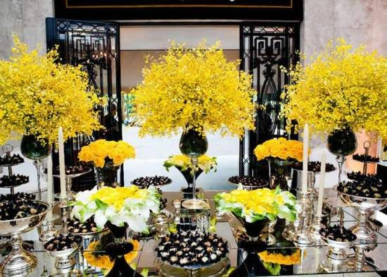 White And Yellow Wedding Decorations