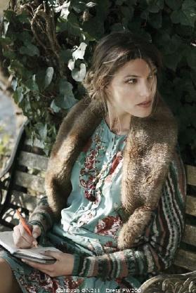 Indi & Cold pretty Spanish fashion - EB