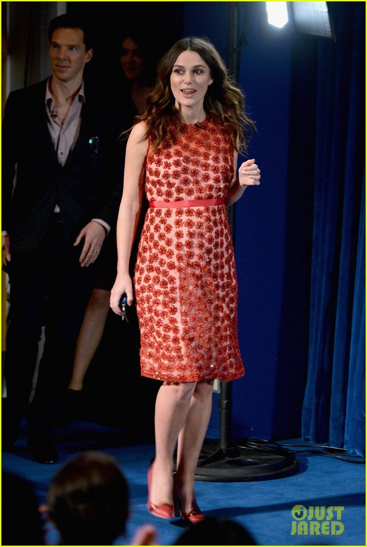 keira knightley talks pregnancy on ellen ahead of immitation game 09 Keira Knightley is all smiles while making an appearance on The Ellen DeGeneres Show on Monday (February 16) in Los Angeles.