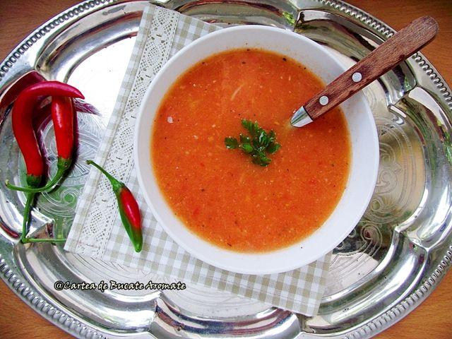 Supă de roşii coapte cu fidea