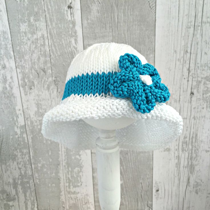 Knitting Pattern For Baby Sun Hat : 952 best images about Baby Hats - Knitting and Crochet Patterns on Pinterest