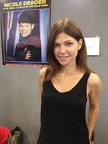 Nicole De Boer at London Film and Comic Con 2015