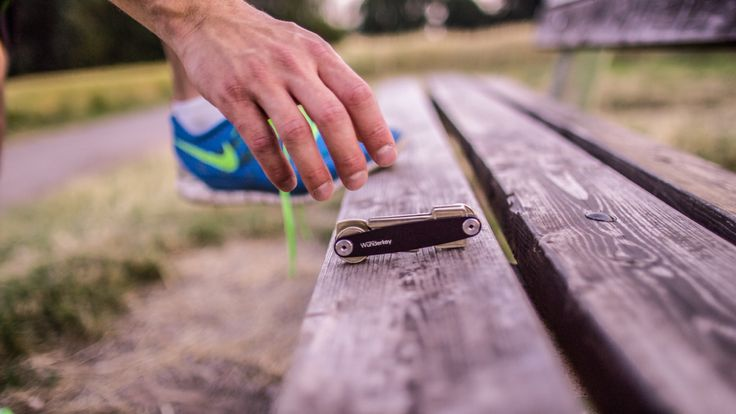 Wunderkey for jogging and running. Perfect for every Sport. Take your keys with you! www.wunderkey.de