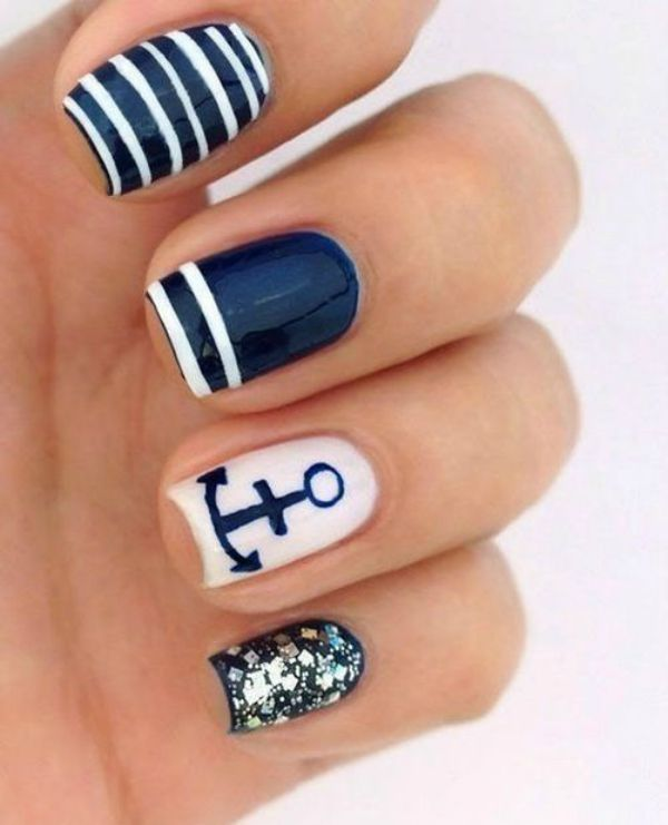 nautical Navy and white anchor nails for Labor Day weekend