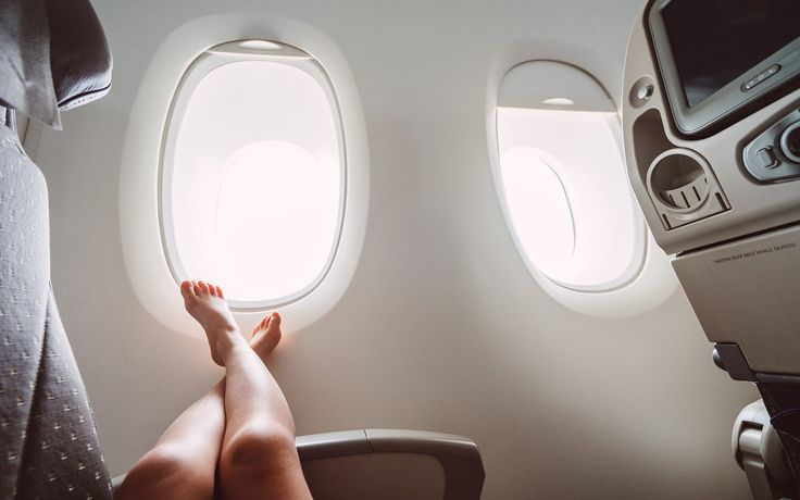 Travelers, it's time to overcome your worse enemy: Jet lag.