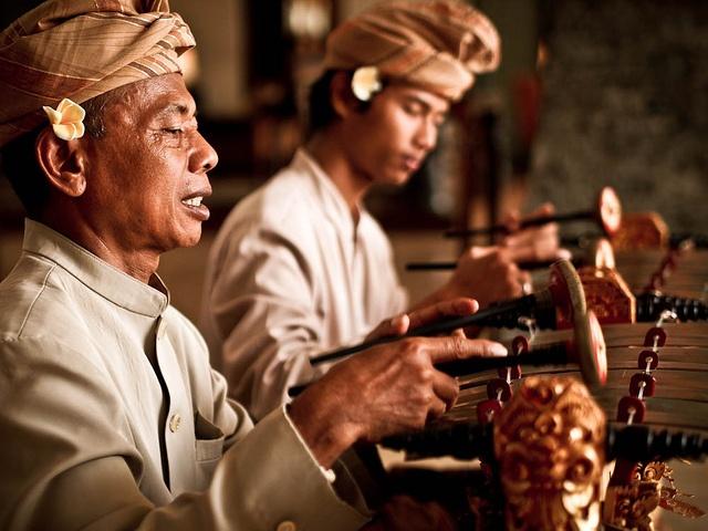 Balinese playing Balinese Gamelan