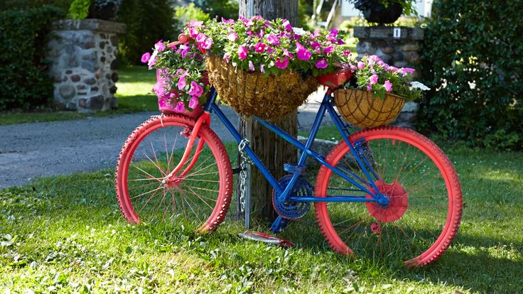 Old Bikes in the Garden %u2013 Upcycle them! | Site For Everything
