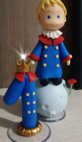 Topo de bolo Pequeno Príncipe com vela