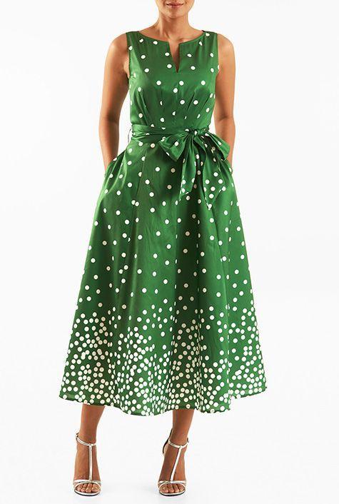98f9a94d0a9f Vilken färg skor att bära med en grön klänning 50+ outfits #grönklänning  #skor