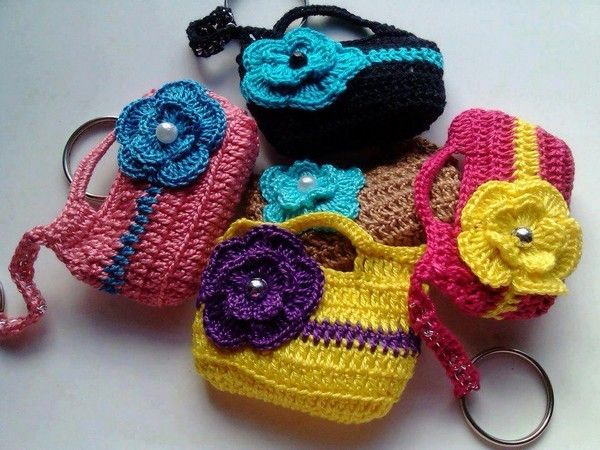 Miniature - Flowers and Applications Crochet - Chart. * All kinds of miniatures on this page.