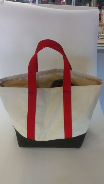 Picture of How to make a tote bag Step by Step instructions...