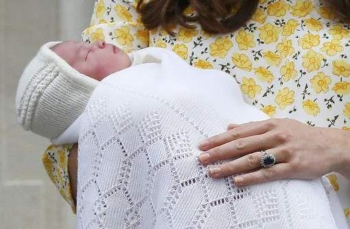 Eerste beelden van koninklijke baby - AD.nl