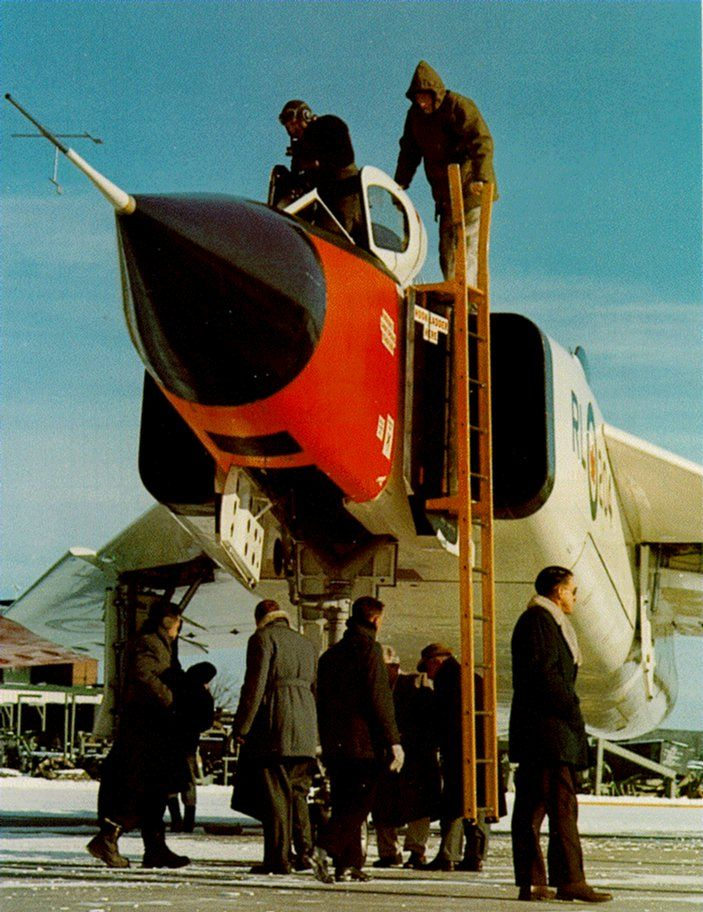 Avro Arrow (RL-204) (pilot entering aircraft)