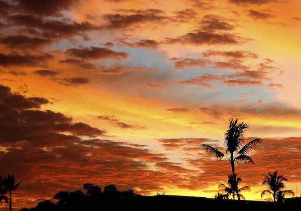 Viaggio di nozze. Il romantico tramonto di Kailua-Kona.