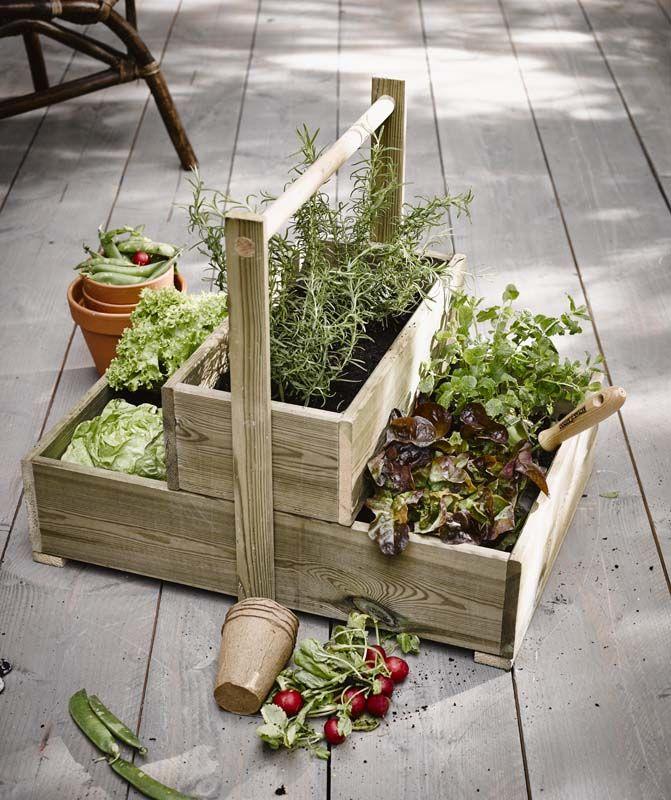 KARWEI | Handig en leuk: maak zelf dit kastje voor het kweken van groente en kruiden. #karwei #diy #wooninspiratie