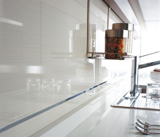 Porcelanosa Kitchen Floor Tiles: Line Extra Blanco