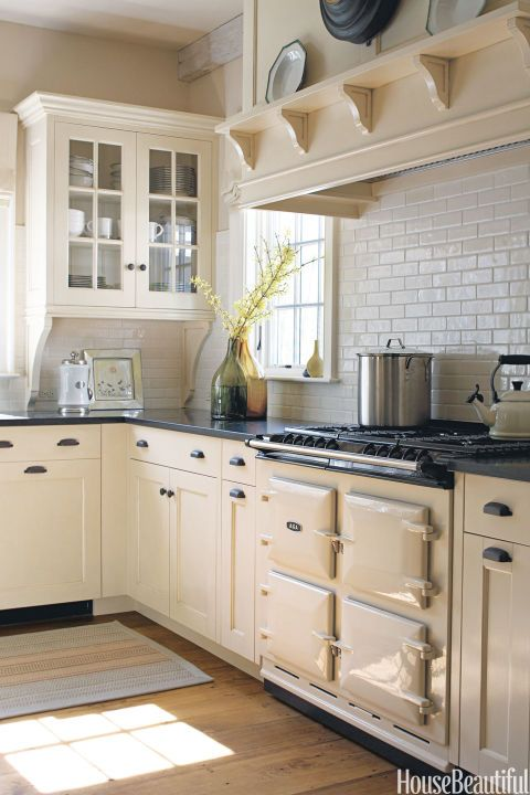 In a Vermont farmhouse designed by Susan Tully, an Aga range works beautifully with the kitchen's spare aesthetic. Pin it now. Tour the comfortable and tranquil Vermont farmhouse.