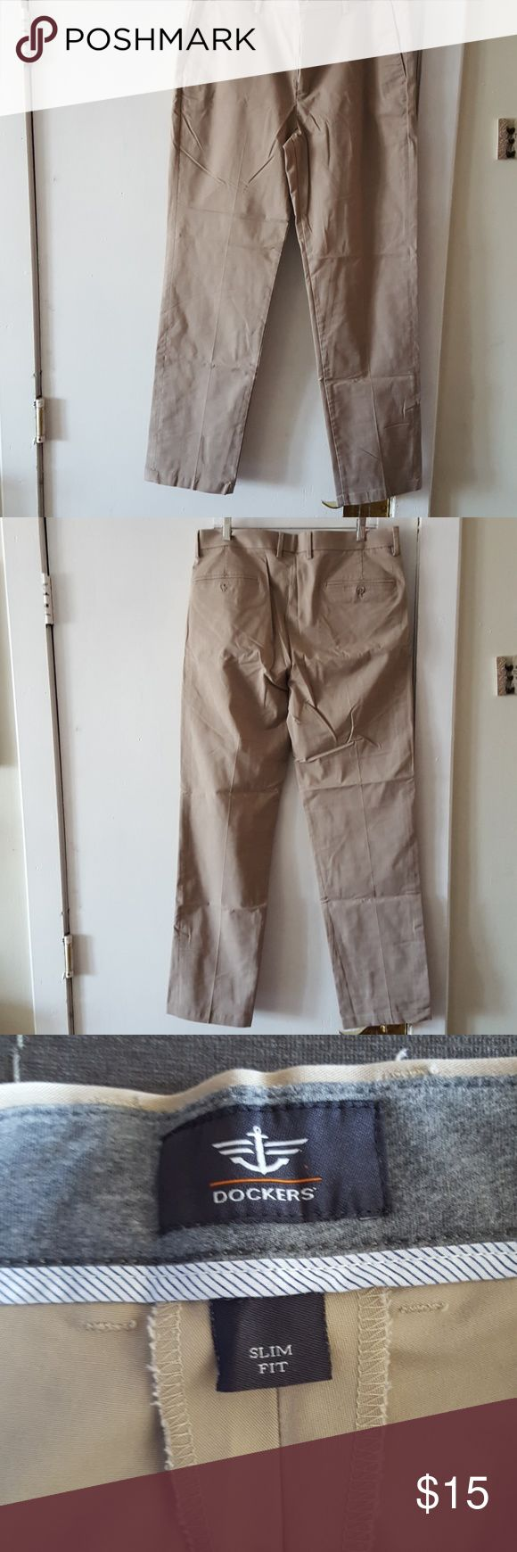 Dockers slim fit khaki pant 36x34 flat front pant. Excellent condition. Dockers Pants Chinos & Khakis