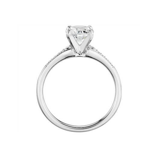 Pavé, con monturas de distintos metales, en oro rosa, de estilo 'vintage' y con diamantes de talla esmeralda: así son todas las tendencias en anillos de compromiso que se avecinan