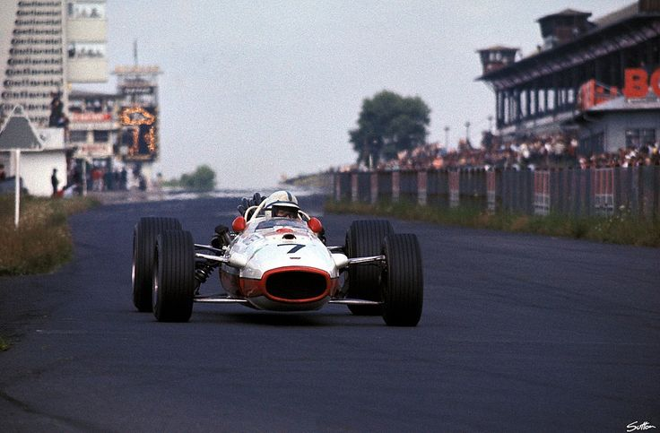 ———- 1967, Deutschland GP, Nürburg, John Surtees ————