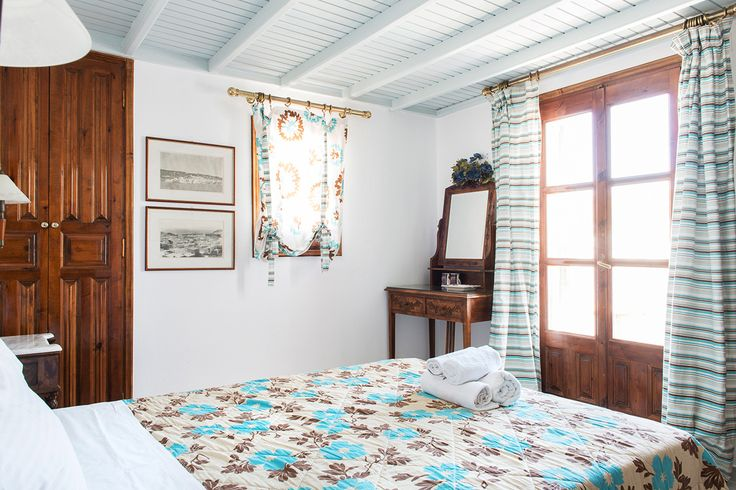 Just 3 words: Authentic Mykonian Accommodation; that is all you will enjoy at Mykonos Pension! Stay in Double or Twin Bed Rooms and feel the vibrancy of the Mykonos Island. Find out more at at http://goo.gl/inlvCb!   #mykonos #mykonosisland #greece #aegean #apartment #summer2016 #alanamykonostown #mykonoslife #mykonos16 #summer