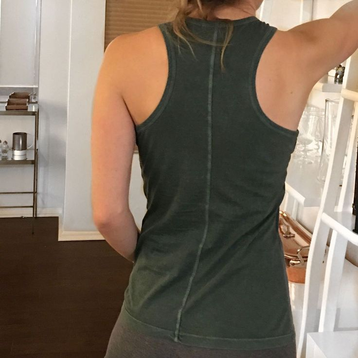 You won't see any bra straps here, because we carefully crafted our racer back tanks to reveal only what's most important — you! 💪 #stepforward #craftsmanship #racerback #cotton #tank #forwomen #bywomen #college #fashion #ootd #thursday #entrepreneur