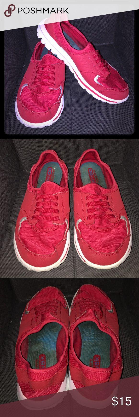 Sketchers GO Walk Gently used. Freshly laundered, super comfy go walks. Skechers Shoes Sneakers