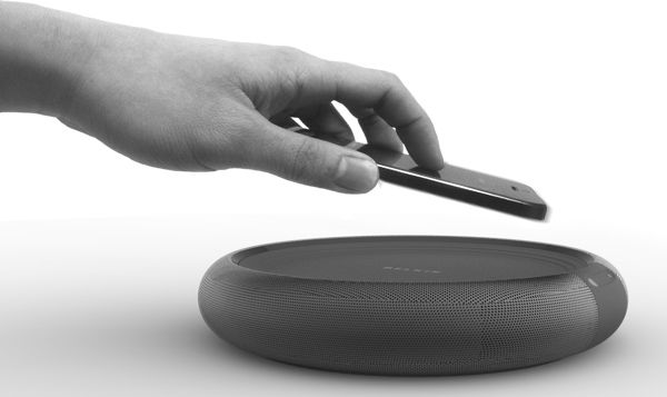 Circle - Wireless Charging and Speaker by Jae Young Jang - Simply called Circle, this minimalistic charger/speaker combo combines the best in Bluetooth and Qi technology to form the ultimate wireless docking station. Read more at http://www.yankodesign.com/2014/03/28/waaaaay-wireless/#XJ2ftiKxVSdK53Is.99