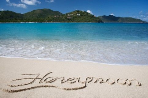 10 Kerala Honeymoon Places for a Romantic Escape