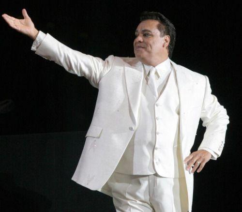 Se disparan las ventas de discos de Juan Gabriel tras su muerte...