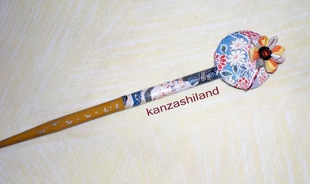 Palillo para el cabello con tela japonesa chirimen. Hair stick japanese